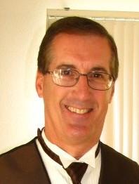 Chorus President Tom Ennis